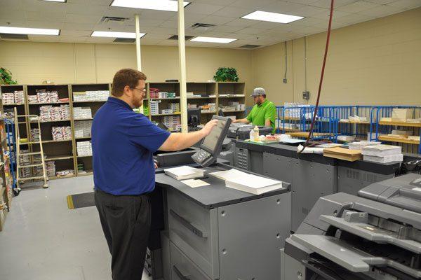 Copy center,Printing service,Photocopying,Musafha Abu Dhabi