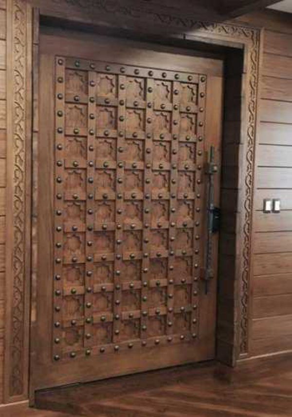 Teak-Wood-Door-India-Kerala-Kozhikode
